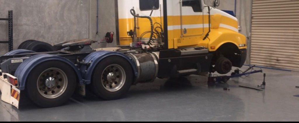 Wallan-Tyre-Centre_truck2