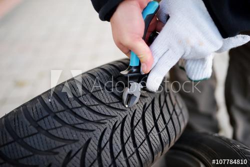 Tyre-Puncture-Repair-2